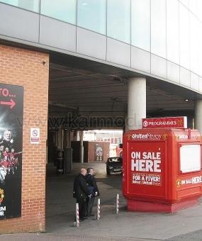 "Kiosks Storbritannien ""Manchester Old Trafford"" och ""Camp Nou stadion"